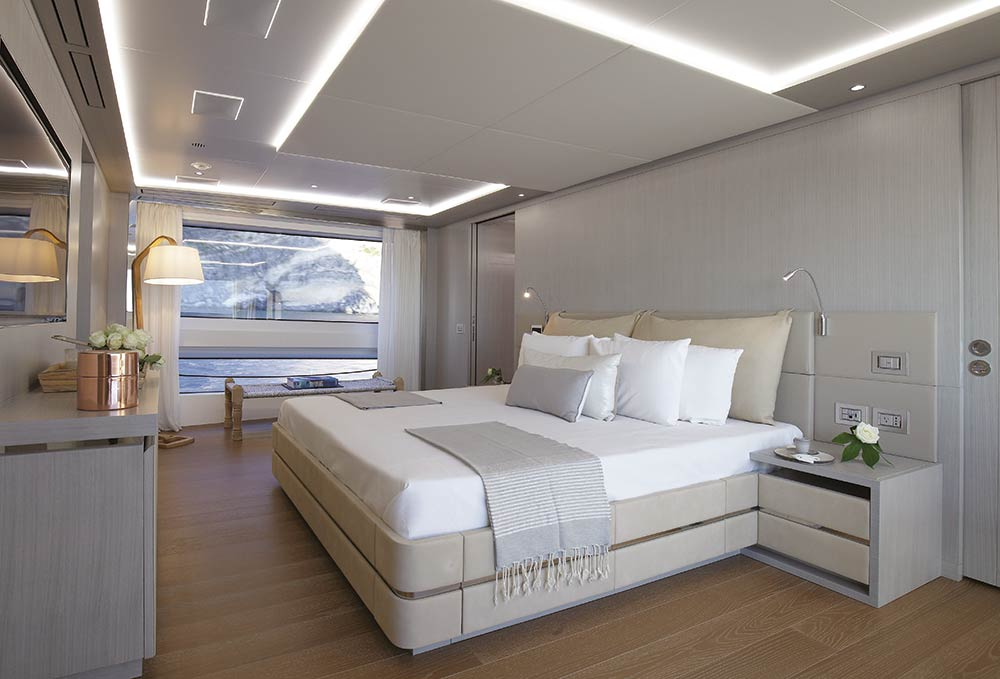 Large bedroom on the Benetti Mediterrano