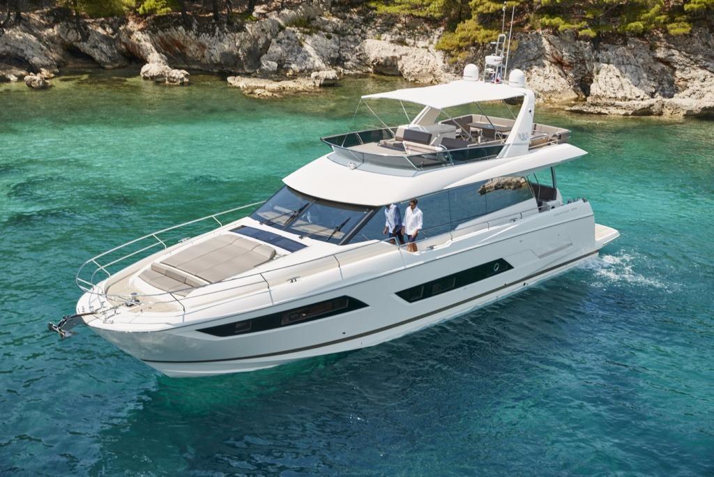 2017 prestige yachts