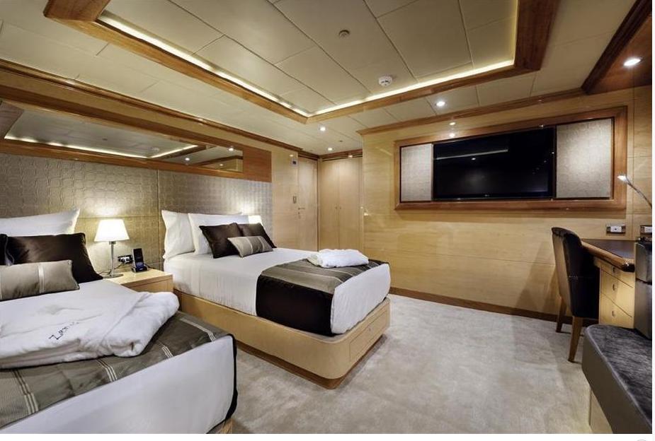1 UK Yachts and Catamarans