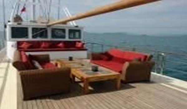 Lurrsen Polaris sightseeing boat yacht brokers