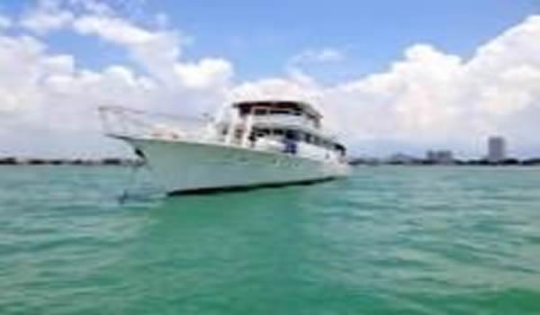 Lurrsen Polaris sightseeing boat pacific