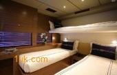 Twin room cabin on Cklass Nautique