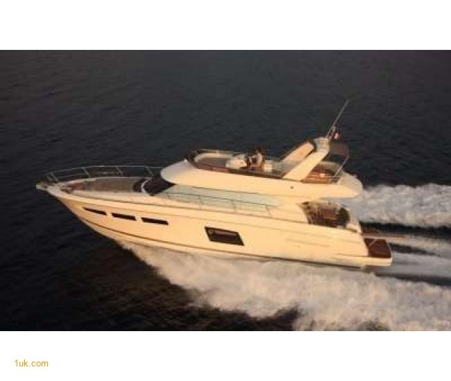 New Prestige 620 Yacht