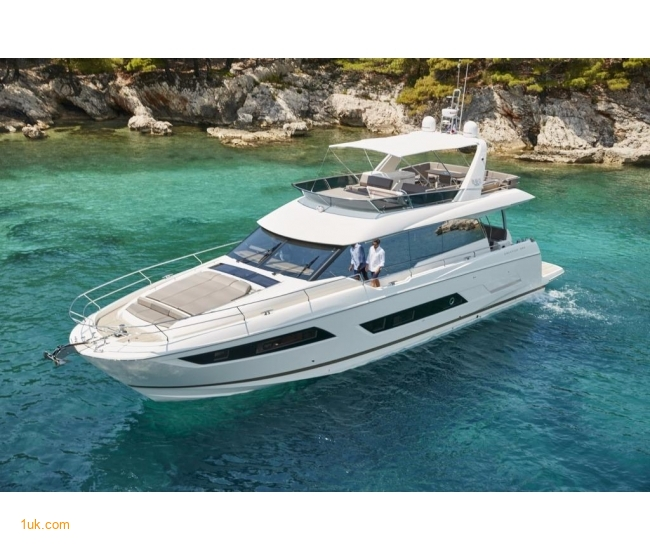 Prestige Yacht 680: New Motoryacht for sale England.