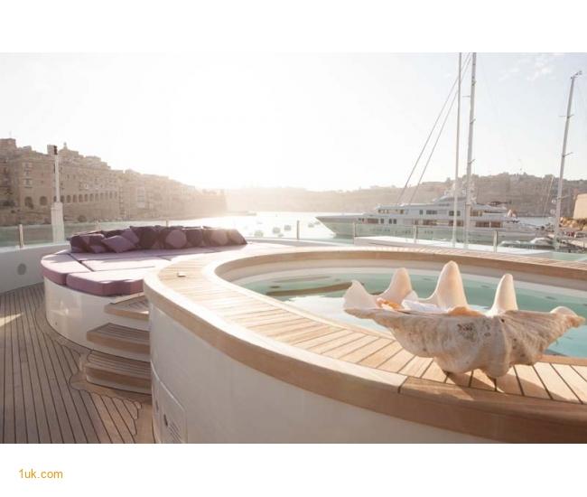 Yacht St David - Jacuzzi