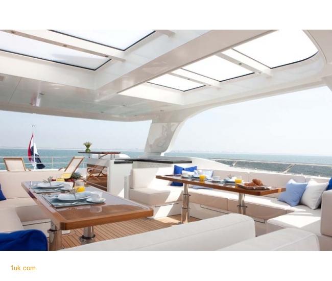 Yacht Firefly - Sundeck 2