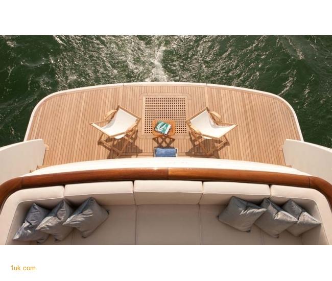 Yacht Firefly 4V7X6965