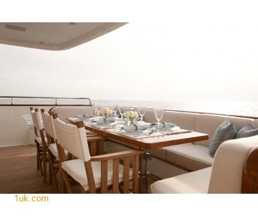 Yacht Firefly - MD Aft 2