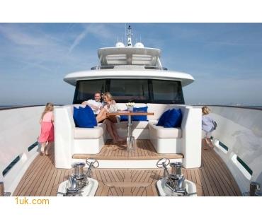 Yacht Firefly 4V7X6845