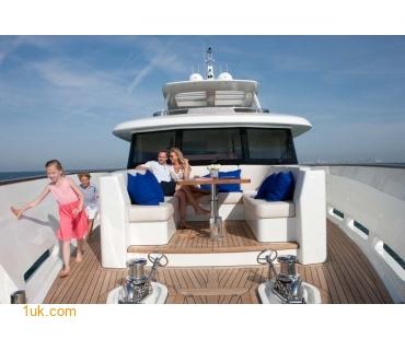 Yacht Firefly 4V7X6852