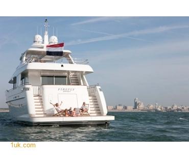 Yacht Firefly 4V7X6985