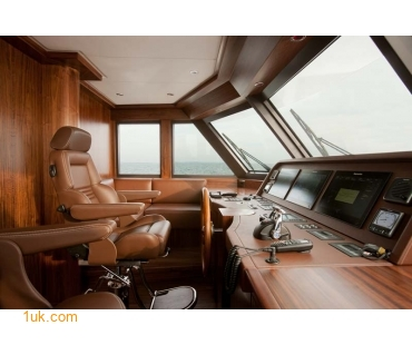 Yacht Firefly 4V7X7309