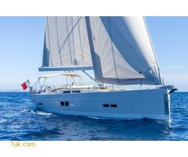 Sail yacht Relativity