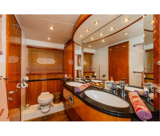 Basya Nicoli Bathroom 2