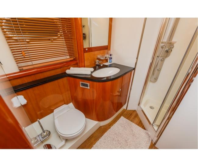 Basya Nicoli Bathroom 6