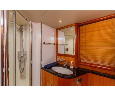 Basya Nicoli Bathroom 5
