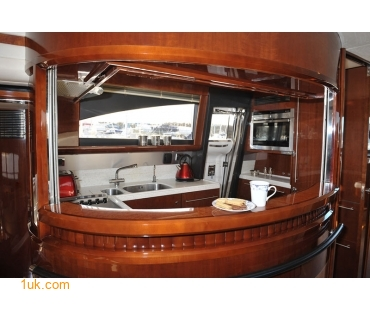 Where Can I Charter a Yacht in Southampton or Portsmouth?