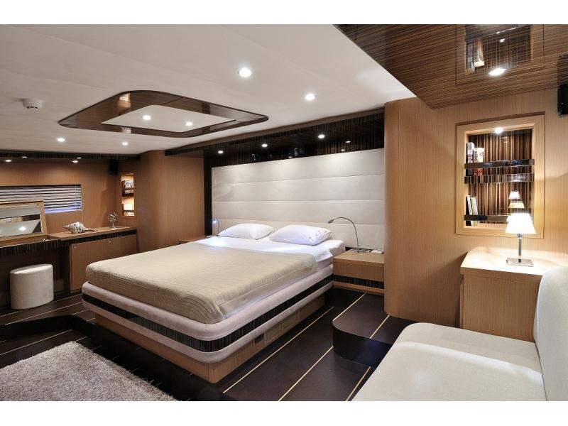 LE PIETRE yacht - Master cabin