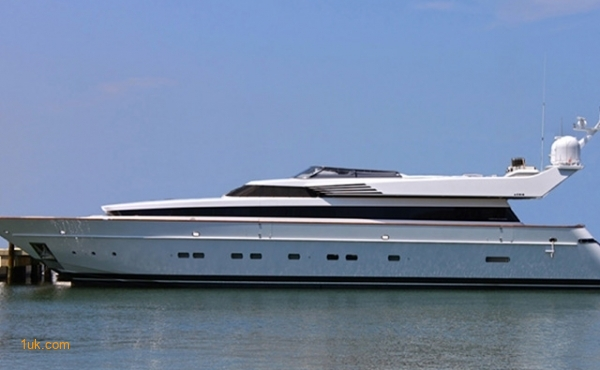 110 Cantieri Di Pisa Pilothouse Motor Yacht Luxury Yacht 2000