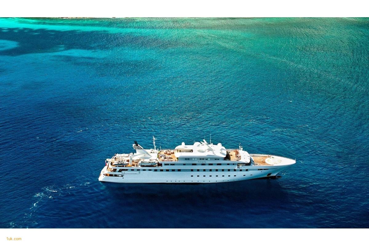 Superyacht Lauren L on Charter location