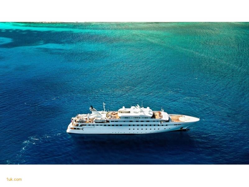 Lauren L - Superyacht Charter