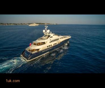(936X524)Sirocco-Charter