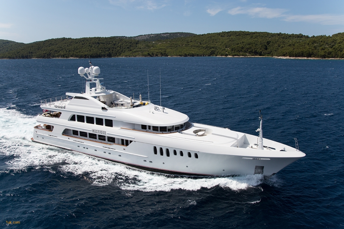 M/Y Mustique Superyacht one the worlds must luxurious superyachts
