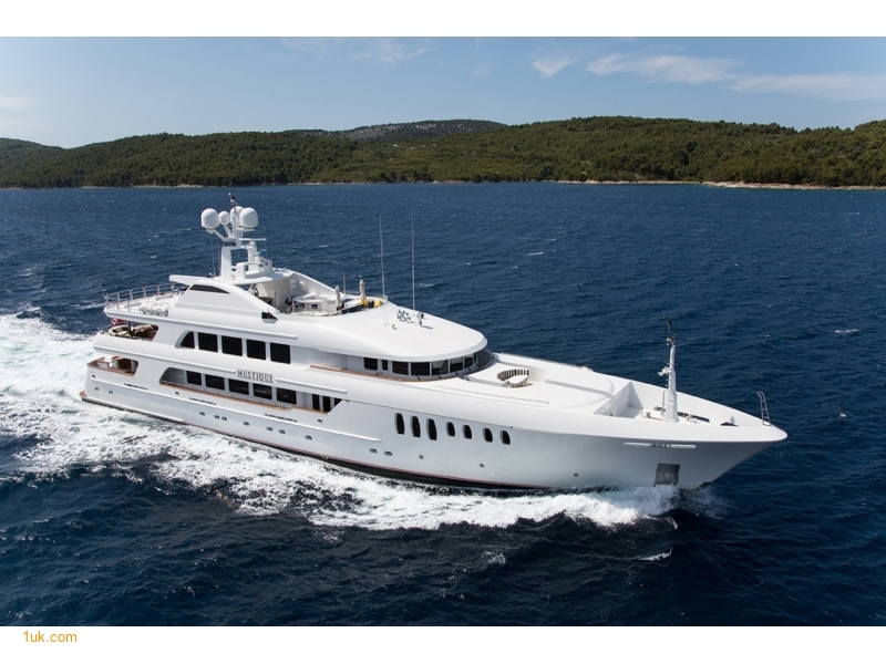 Mustique | Superyacht For Sale | 1 UK