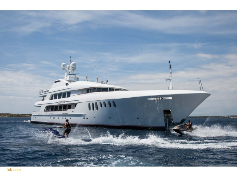 M/Y Mustique Superyacht for sale UK