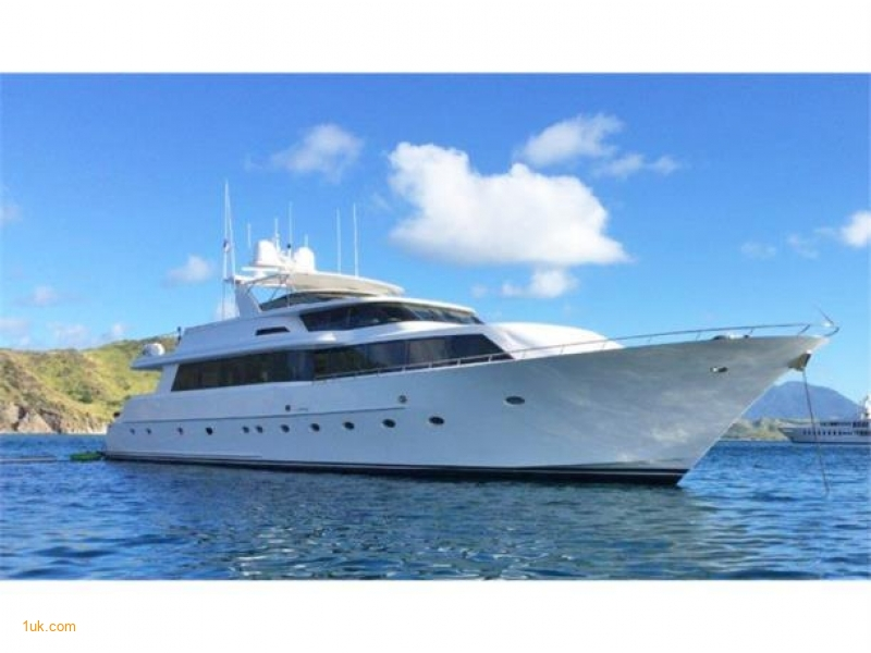 "Westport 32m ""Tweener"""