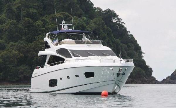 Sunseeker Manhattan 73 yacht Mediterranean