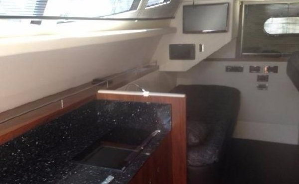 Sunseeker Manhattan 73 yacht galley