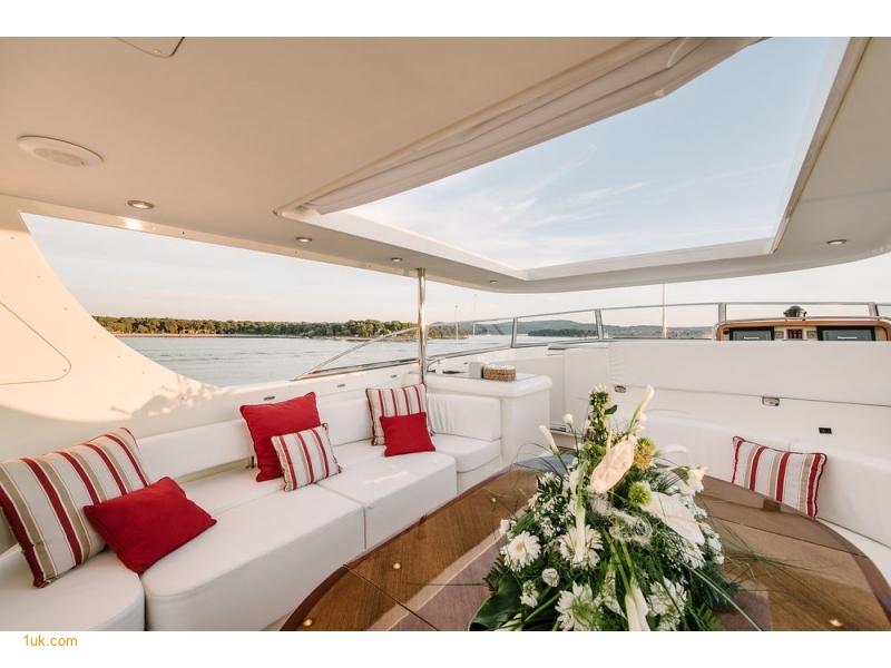 luxury yacht brokers Mayfair