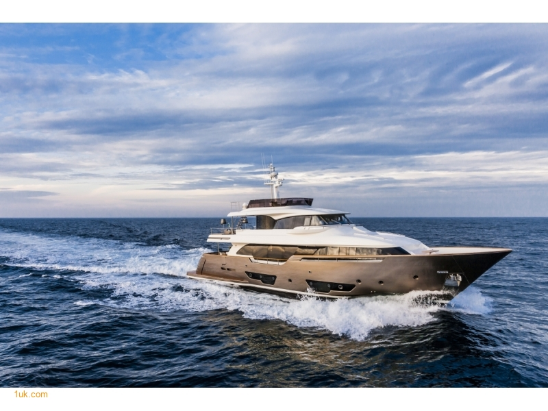 Yvonne - Motor Yacht Meditarranean Charter