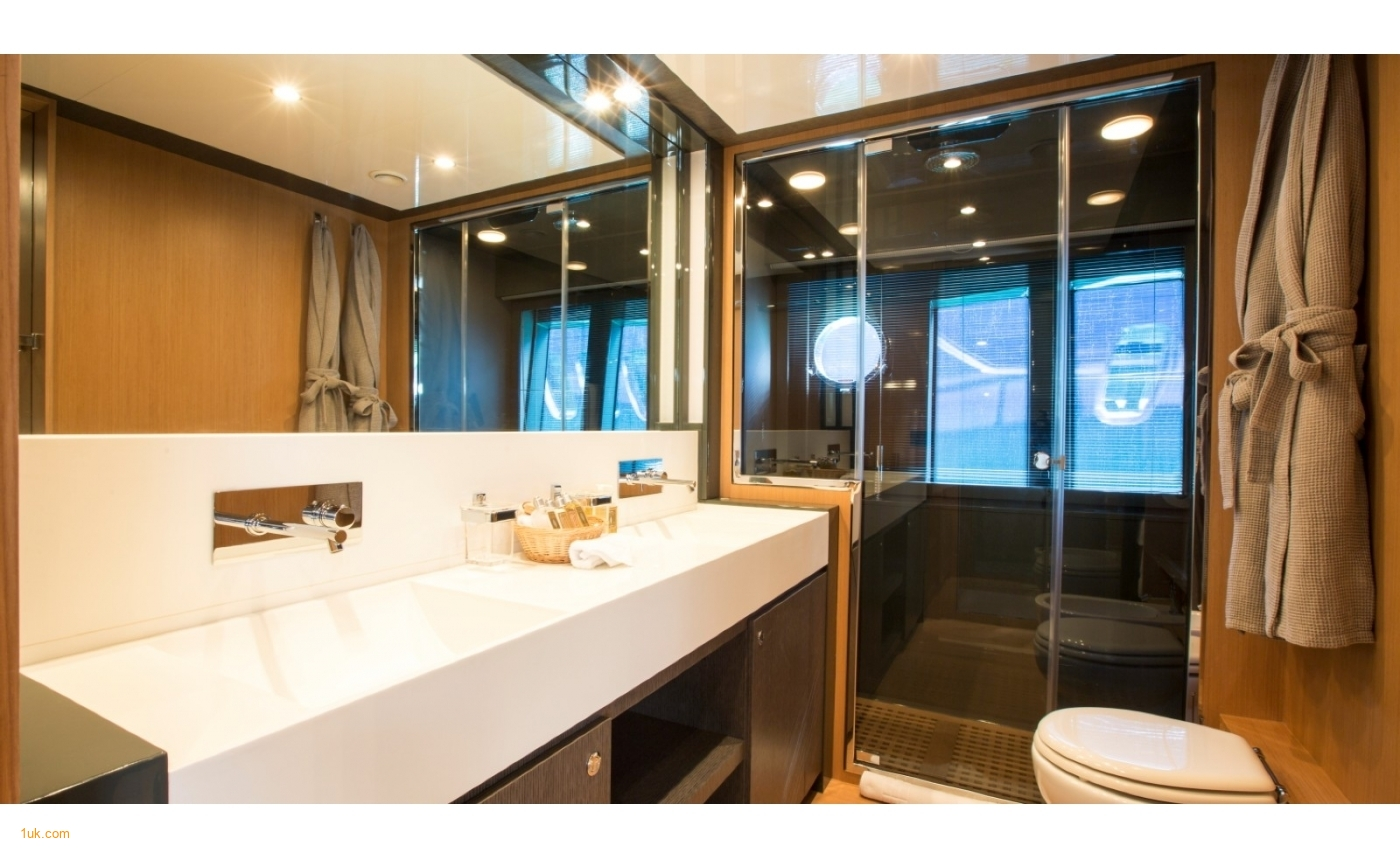 Modern luxury bathroom space on the Riva Domino 86