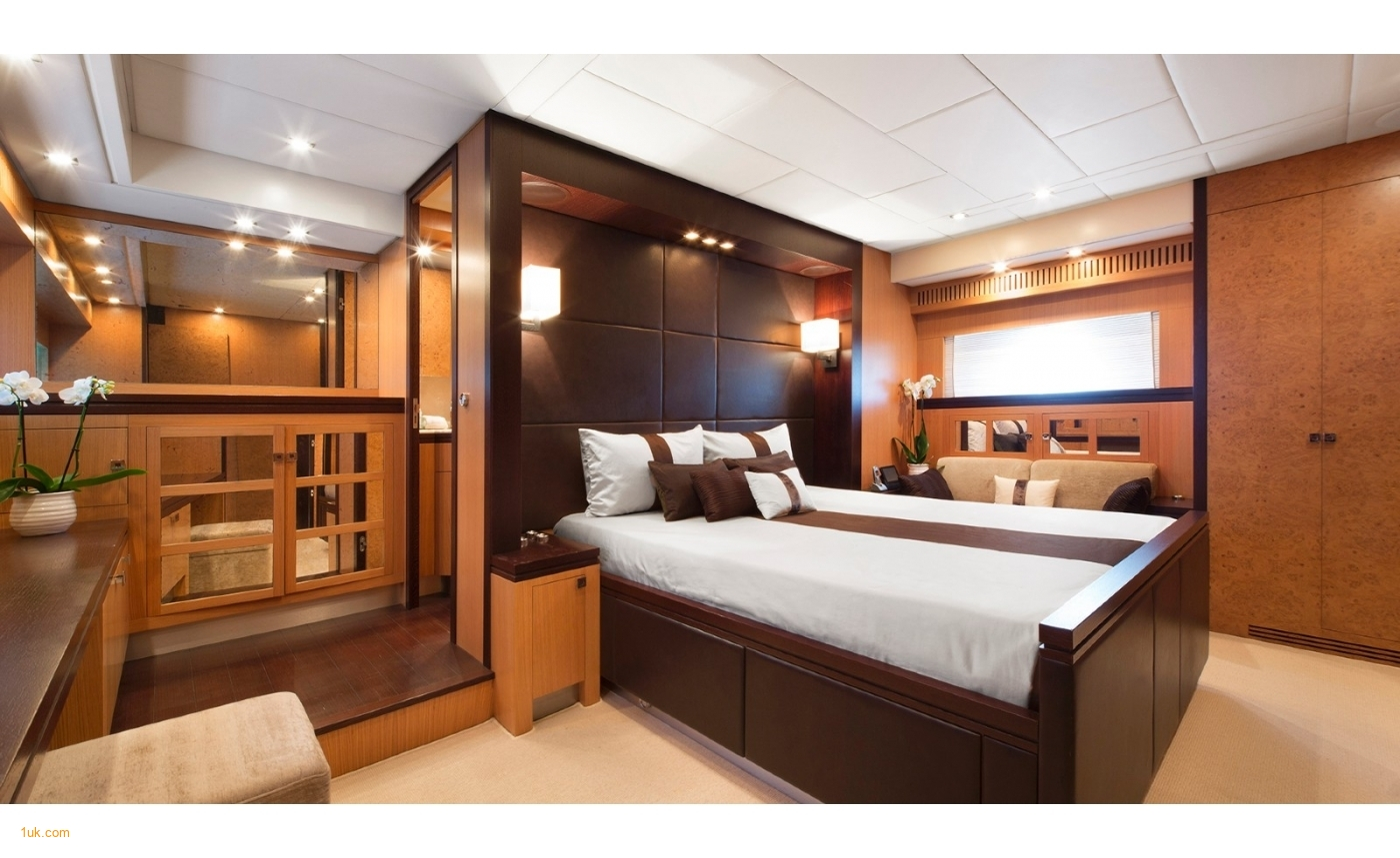 Dark wood and light panel double bedroom