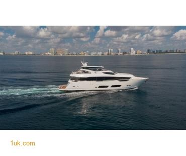 Predator 74 Motor yacht cruising in the waters