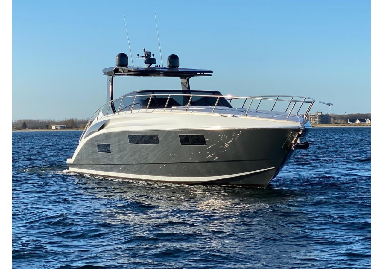 Sports yacht for sale in Germany