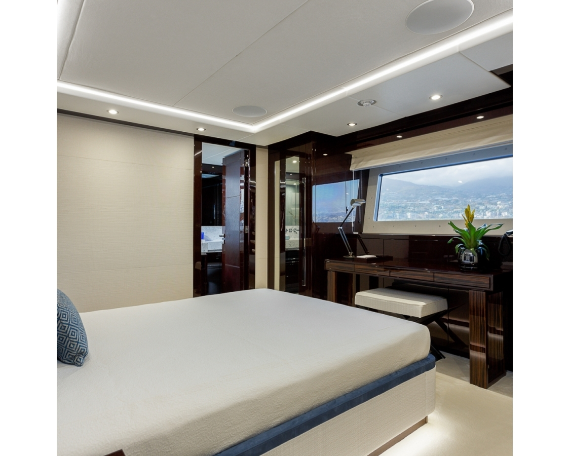 Side view of the bed and en-suite
