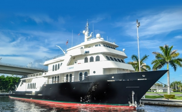 220 Shadow Marine Custom Expedition Yacht