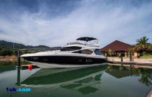 58 Sunseeker Manhattan 52 Luxury Yacht 2011