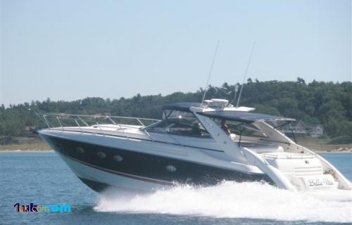 51 Sunseeker Camargue cruising along the blue sea
