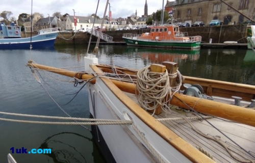 Camper and Nicholson Gaff Yawl Woodenship boat for sale in France.