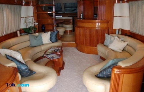 70 Azimut SEA JET Flybridge 2000 Yacht
