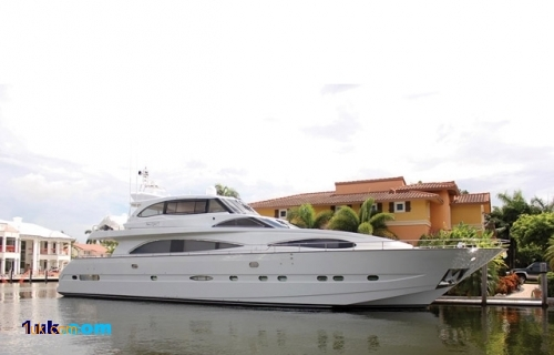95 Astondoa GLX 96 Luxury Yacht 2001