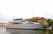 95 Astondoa GLX 96 Luxury Yacht 2001