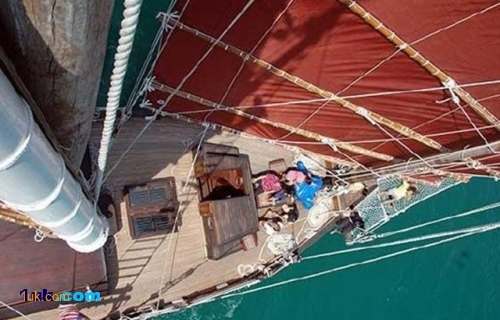95 Custom Cruising Sailboat 2007