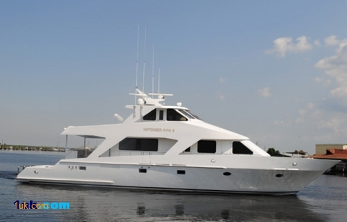 85' Breaux Bay Custom Motor Yacht for Sale