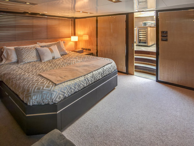 76' Cheoy Lee Express Express Motoryacht 2012