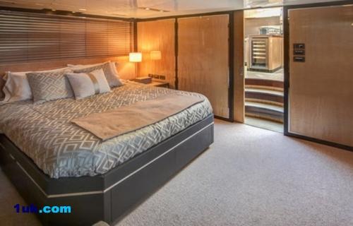 76' Cheoy Lee Express Express Motoryacht 2012